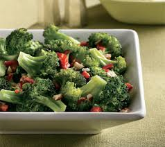 Broccoli with Roasted Red Peppers and Hazelnuts